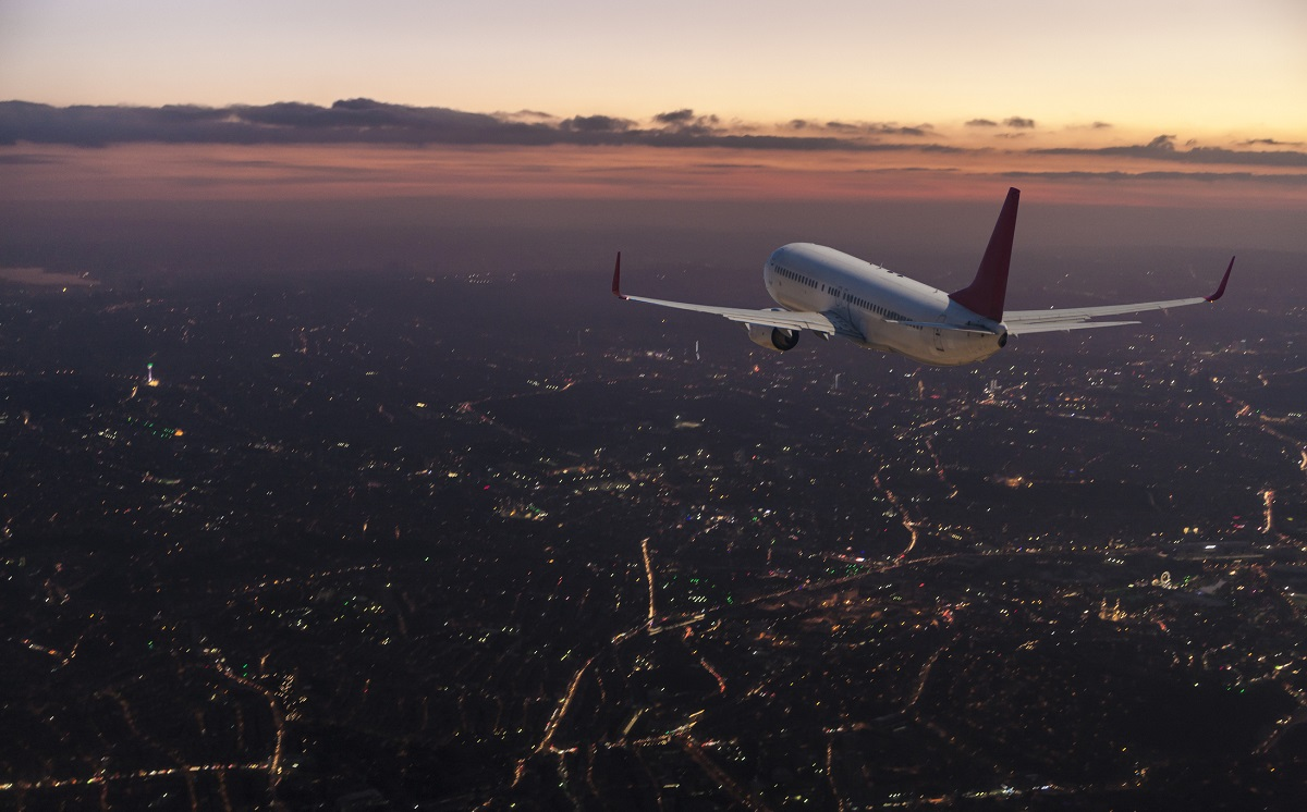 Data-Driven Decision Making to Reduce CO2 Emissions from Air Travel